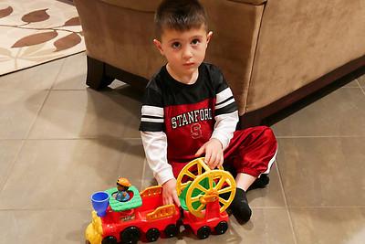 Giovanni and Train