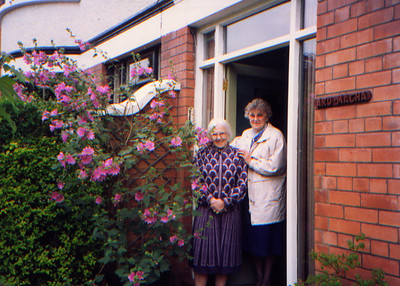 DPB-79: May (Maisie) Barr (nee McKeown) and  and Anne (Ra) Rahilly at 187 Sandown Road, Belfast