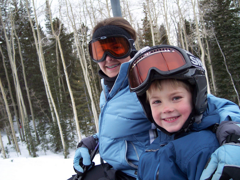 Cassi & Ryan on the chair lift; Dec 2004