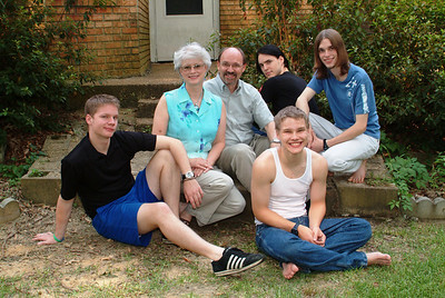 """Compare this family picture in 2005 with the next one, taken in 1993!! (We're trying to recreate the """"look"""")"""