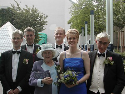 Jim, Andy, Mum, Simon, Kat and Dad