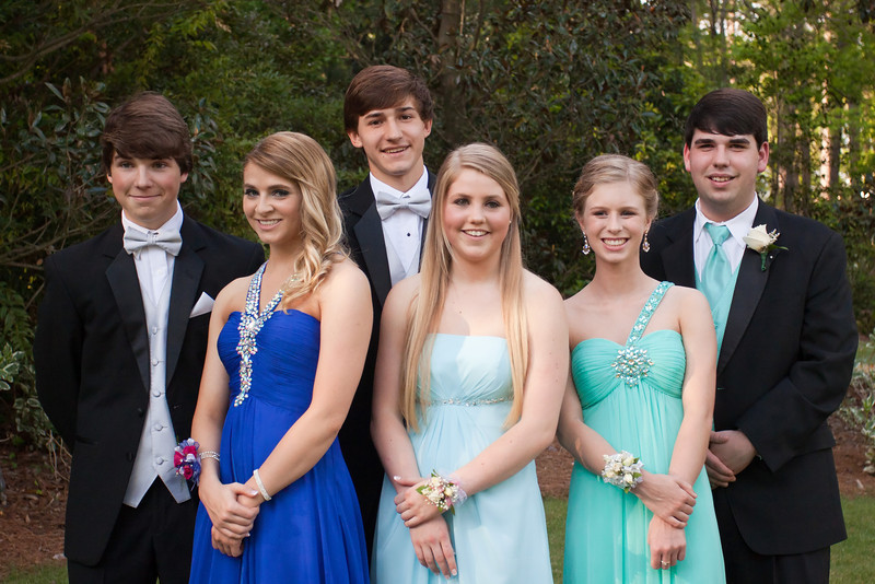 Joseph & Hanna (right)<br /> Prom Pictures - March 31, 2012