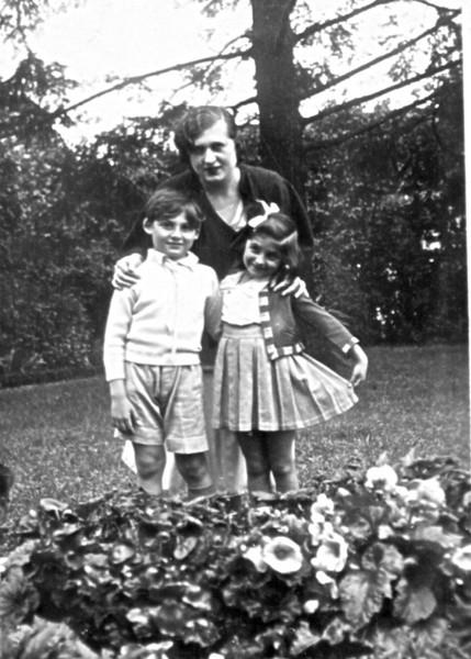 Moma   Henri at 7