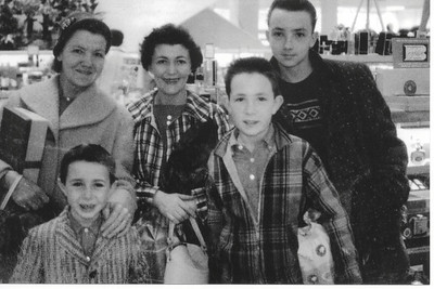 DPB-36: Anne Patterson (nee McKeown), Eileen Donavan an her two sons  Dennis and Neil and Jimmy Patterson