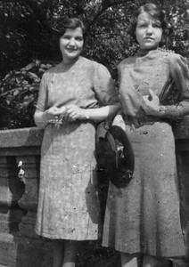 DPB-65: Lizzie McKeown and Anne Patterson (nee McKeown) in USA in 1940