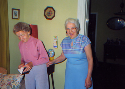 DPB-87: May (Maisie) McKeown and Anne Patterson (nee McKeown) at 320 West Main St Boonton 1990
