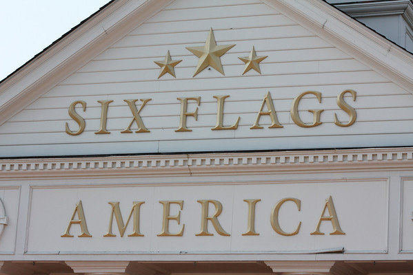 The Sinclair's at Six Flags