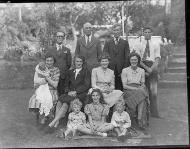 The Webb's and Bisco's 1948 PO back garden