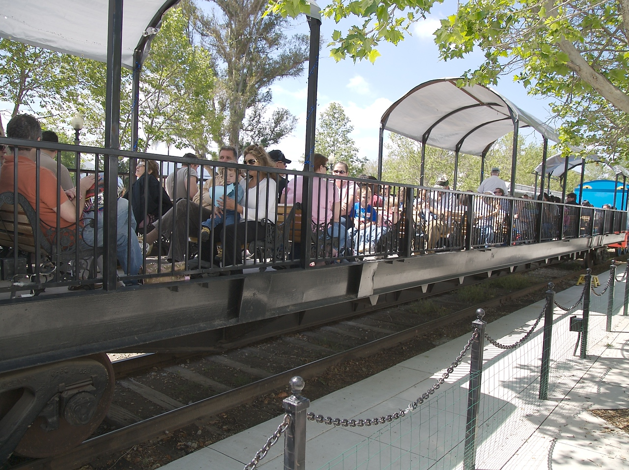 Here are all the people waitng around for their time to ride the train.