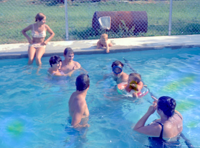 pool-groupies