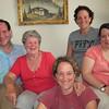 Ed, Zory, Juli, Zora, y Yola in Titi Hilda's livingroom.