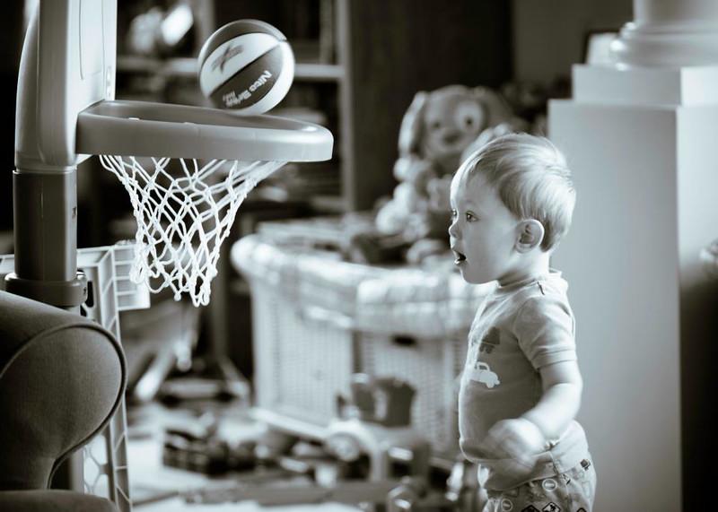 He shoots, he scores!!!