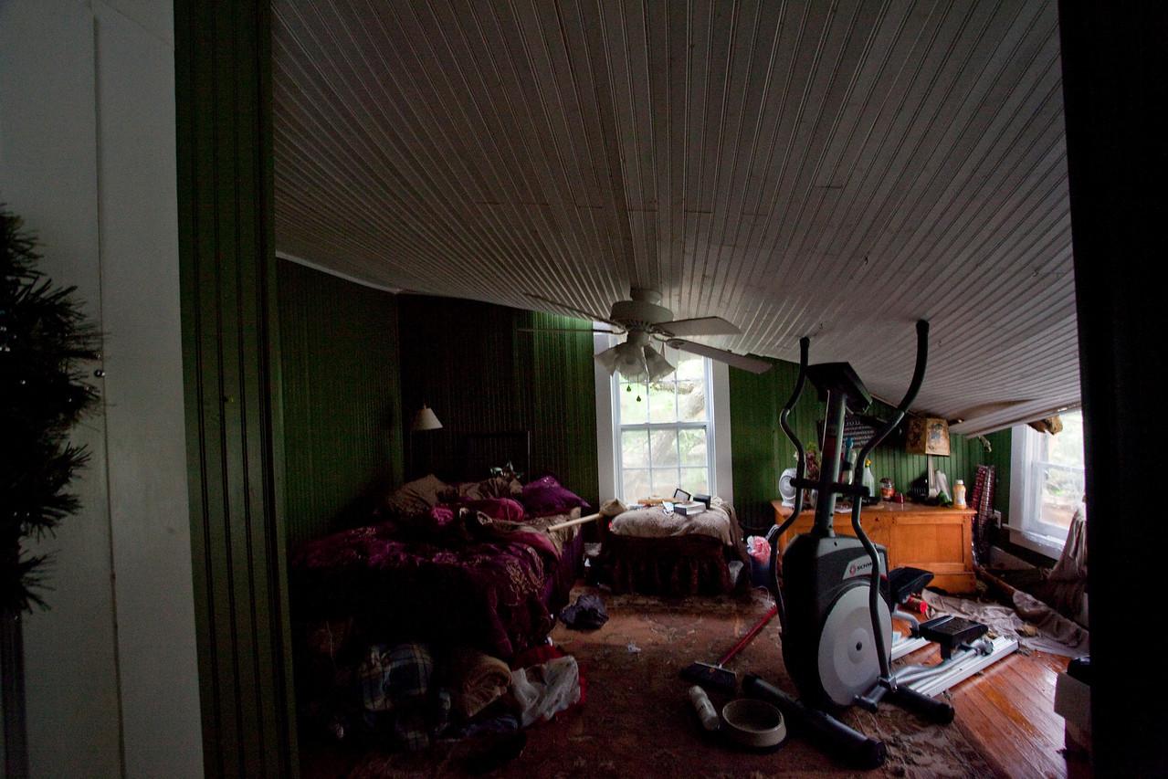 Spare bedroom,looking into Katie's room