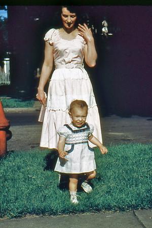 1951 Judi, Mom