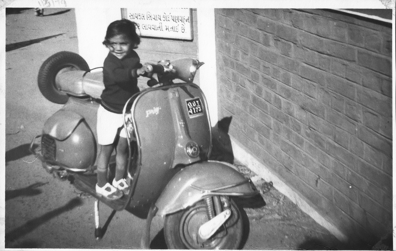 1/March/1979 @Vadodara<br /> Papa had Bi-cycle in those days. While taking this picture he said to mom - I'm not sure if we will be afford to buy a scooter, but lets atleast take picture of our son with someone's scooter.