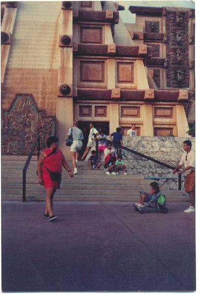 us-visit-florida-disney-mexico