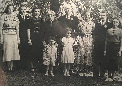 bob old family pic