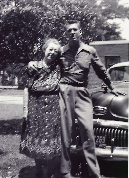 "Elwood and his ""mumma"" Mamie Downing Carlisle in 1952 in Laguna Beach"