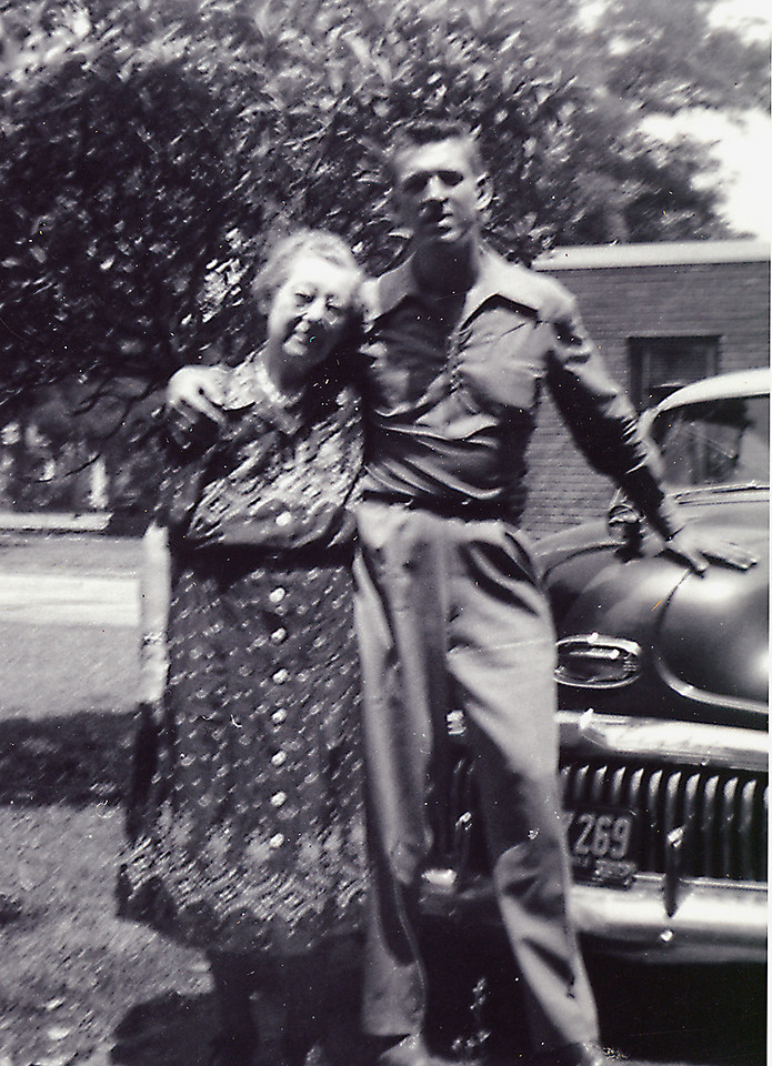 "Elwood and his ""mumma"" Mamie Downing Carlisle in 1952 in Laguna Beach"