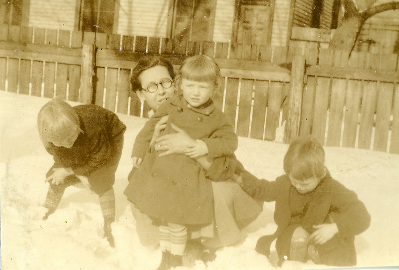 Adelaide, Eleanor and Elwood in the snow in Portsmouth with Mumma, probably about 1928