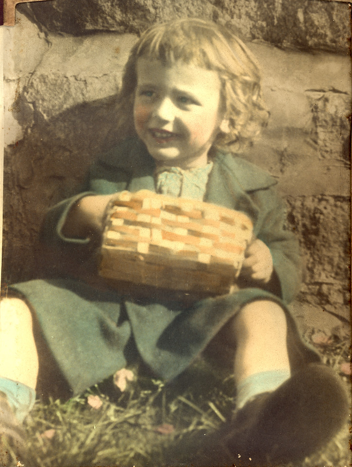 Elwood as a toddler, probably about 1926