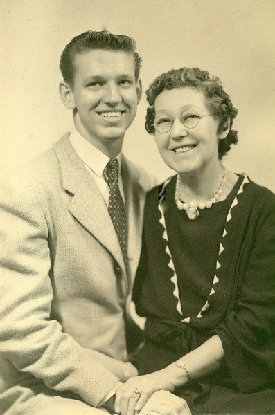 "Elwood and his beloved ""mumma"" Mary ""Mamie"" Downing Carlisle, 1944"