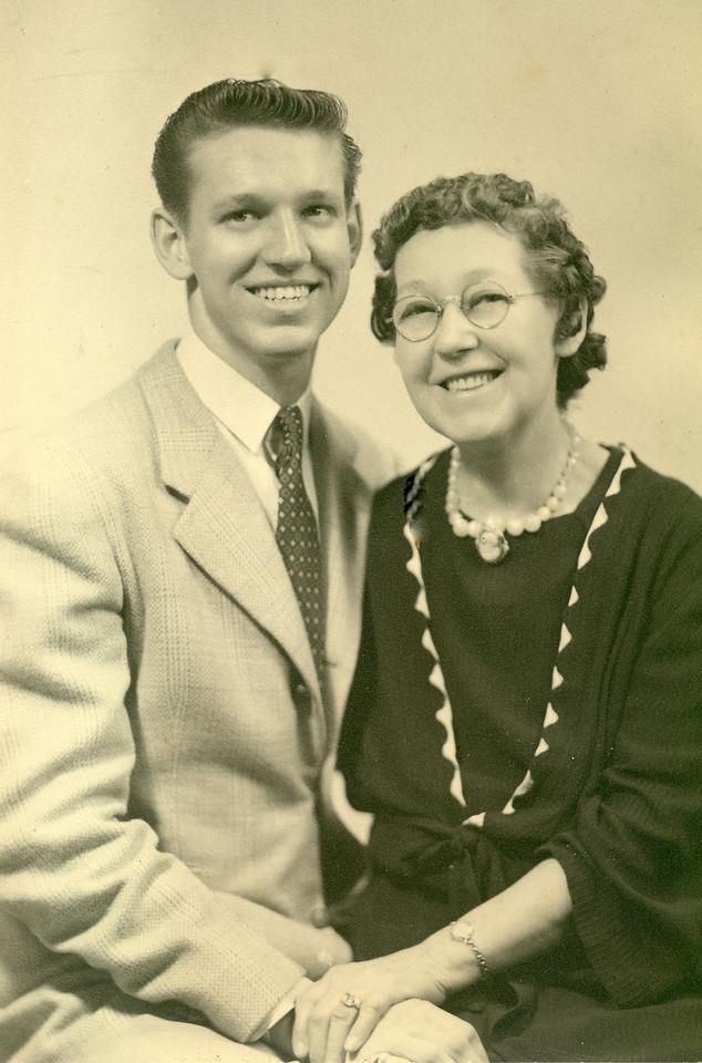 "Elwood and his beloved ""mumma"" Mary ""Mamie"" Downing Carlisle, 1944"