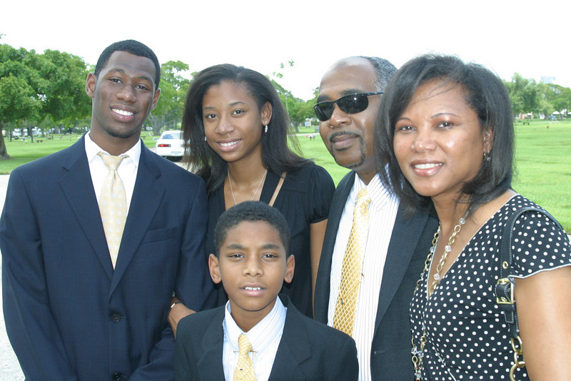Jermaine,Jhordana,Brent,Juliet,Jordan (in front)