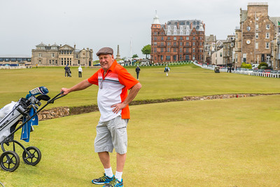 Bernard on course for a good round at St Andrews