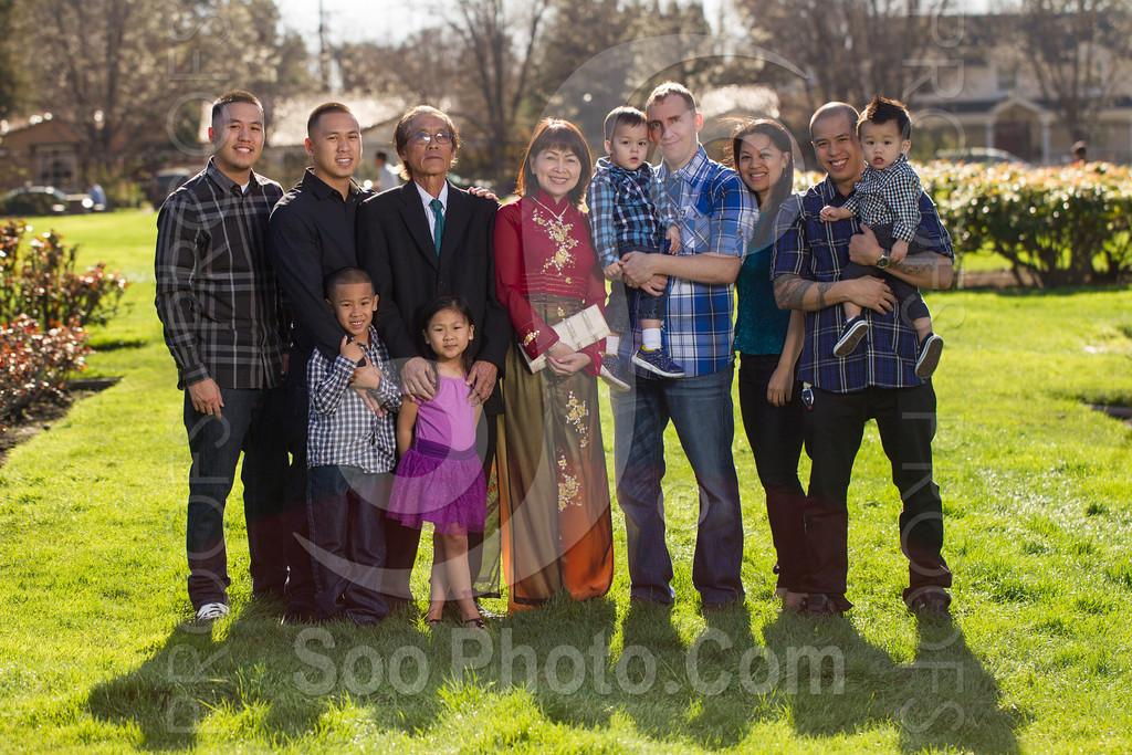 2014-02-23-uyen-family-4634