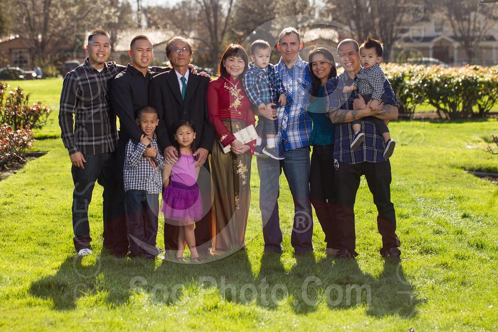 2014-02-23-uyen-family-4635