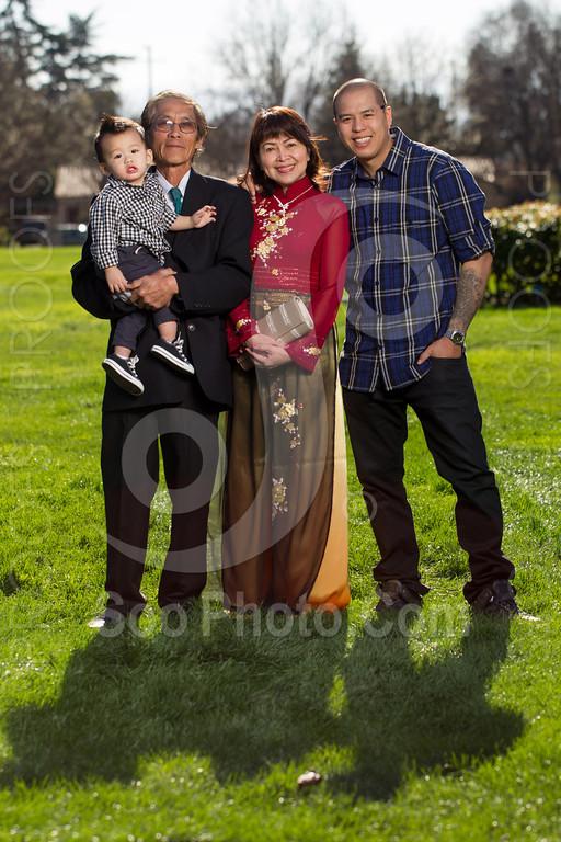 2014-02-23-uyen-family-4640