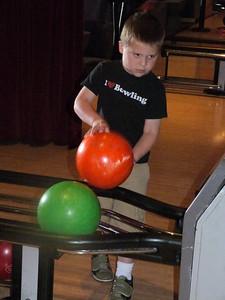 Joey bowling