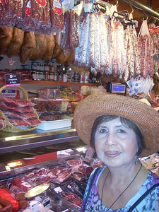 La Boqueria mom w/ meat