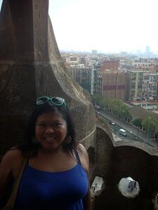 Sagrada Famiglia Trish on balcony