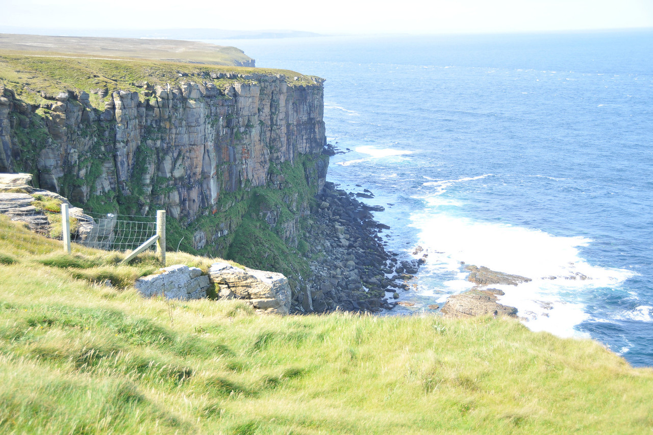 Dunnet Head vista. Out to sea you can see the interface between the local current and the incoming tide surging through the Pentland Firth.