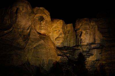 Mount Rushmore-210