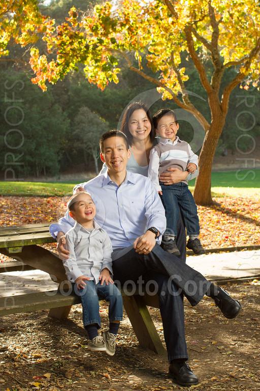 2013-11-17-vanessa-yang-family-6108