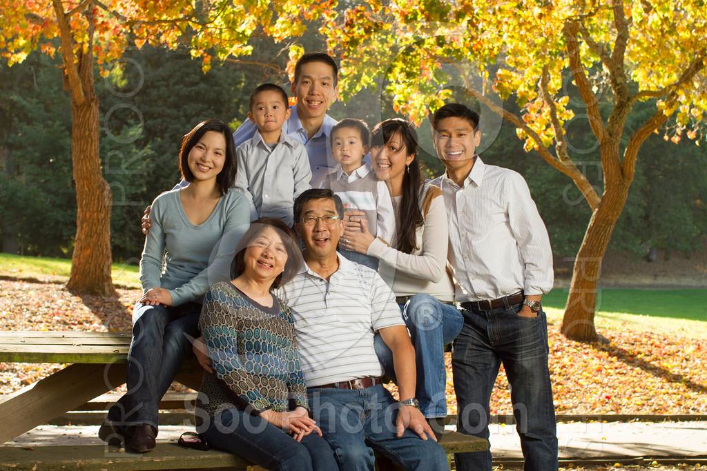 2013-11-17-vanessa-yang-family-6073