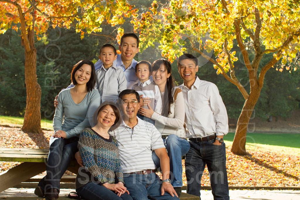 2013-11-17-vanessa-yang-family-6076