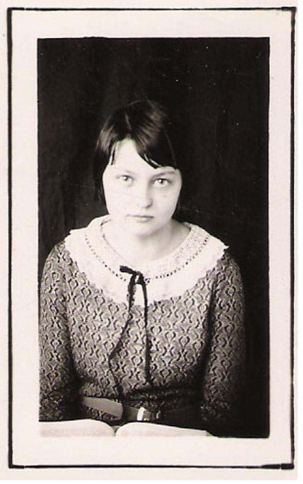 vm schoolgirl