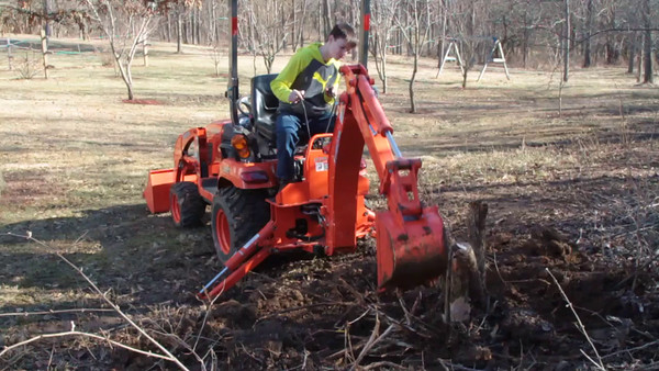 AJ - First time with Backhoe