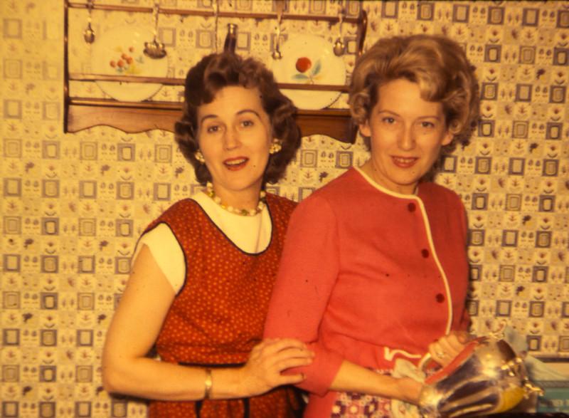Erma (L) and her older sister Treva.