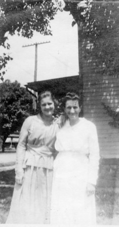Bessie Smock Webb and mother Katie Lauderbaugh Smock