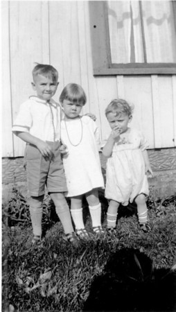 Richard (Dick) Webb, Esther Wunder, Jeanet Wunder - Circa 1930