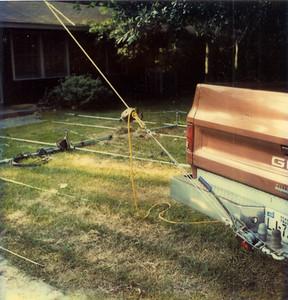 Putting up Bob Wick's antenna 2116 Pech Rd Houston