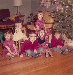 Christmas 1958 2132 Pech Rd. Spring Branch  Left to right: Jeanne, Julie, Jim, Pat, Jan, Joe
