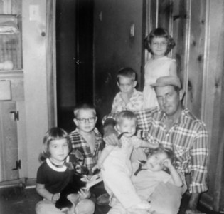 Rip Smock with Jan, Jim, Pat, Jeanne, Julie, Joe  November  1958