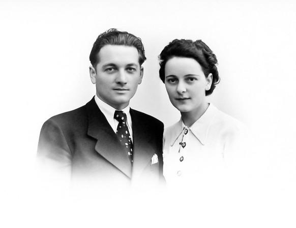 Mon oncle Roger Maillary (1915-2005) et ma tante Marie-Louise Richard (1917-2009). Ils se sont mariés le 20 mai 1939 et eurent deux enfants: Monique Maillary née en 1940 et Gérard Maillary né en 1945.