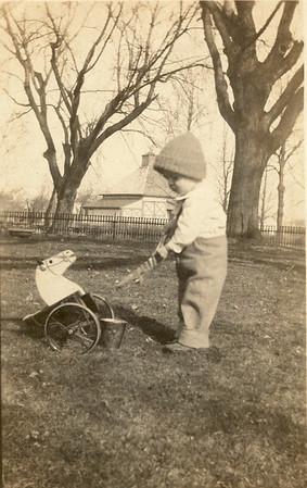 Our Grandpa Hunsberger, Earl Hunsberger Jr., at age 18 months ? (circa Mar.1921)  - Sepia version